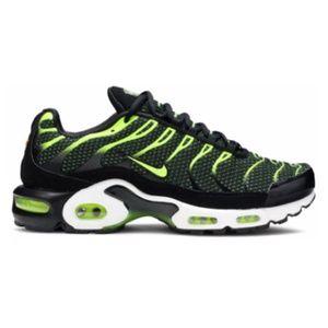 Nike Air Max Plus TN Mens Running Shoes Black Volt